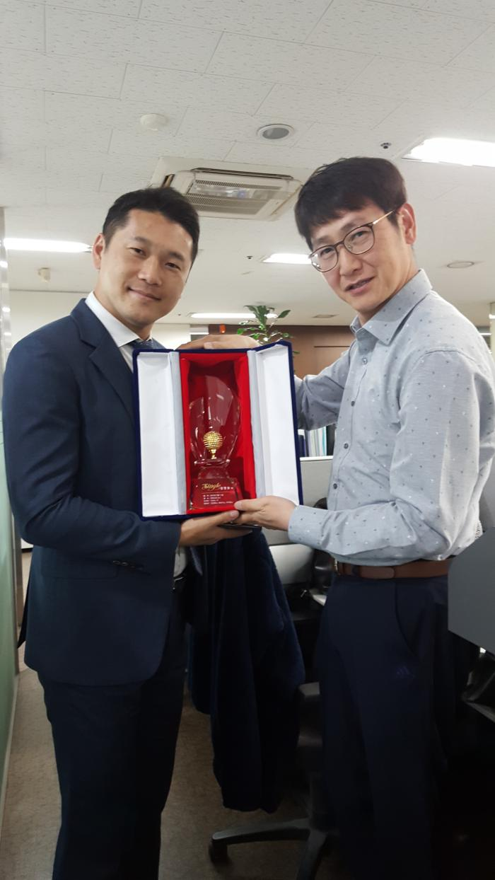 http://interfactory.co.kr/storage/prize/data/board/2019/05/24/prize1008711_2.jpg